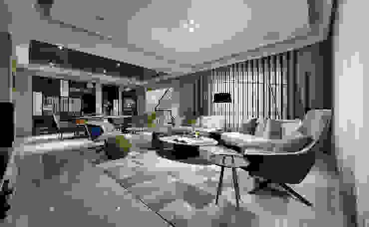 煙青嵐蘊・親而譽之-打造三代同堂紓壓宅 现代客厅設計點子、靈感 & 圖片 根據 仝育室內裝修設計有限公司 現代風