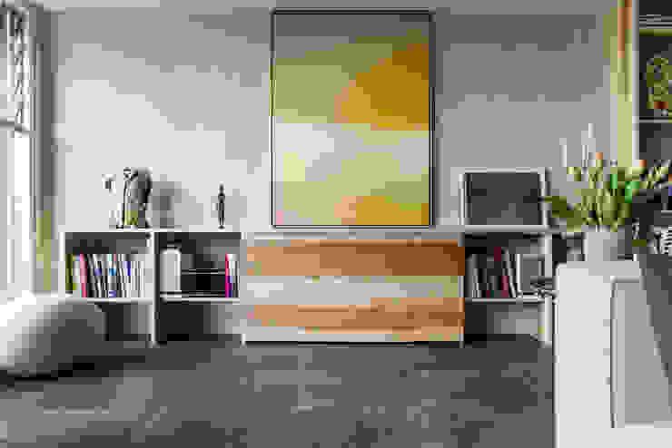 Helle Stadtwohnung mit modernem Grundriss Interior- und Architekturfotografin Moderne Wohnzimmer