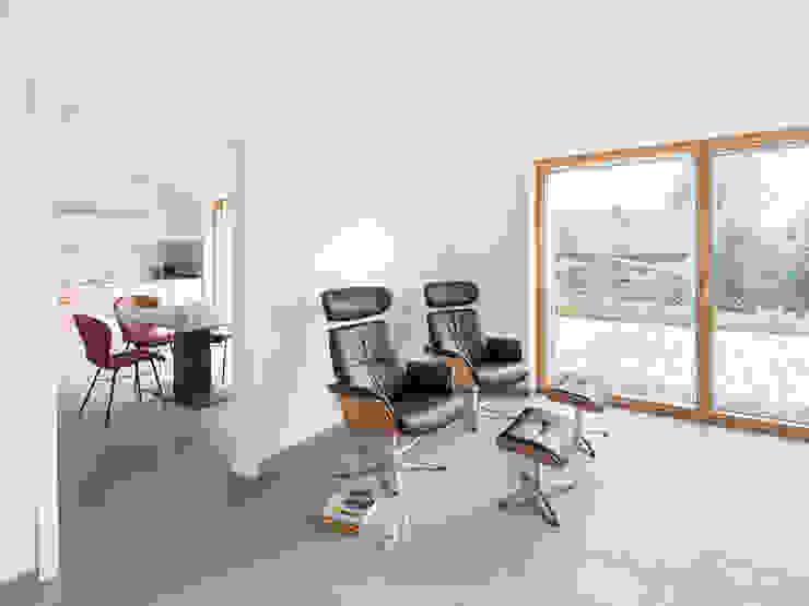 Müllers Büro ห้องนั่งเล่น