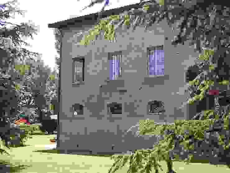 Il fronte a nord Simona Muzzi Architetto Casa di campagna Laterizio