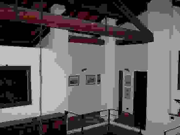 La grande capriata in legno Simona Muzzi Architetto Tetto