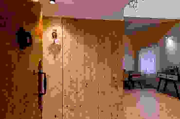 Entrance Foyer Modern living room by Ideation Design Modern Wood Wood effect