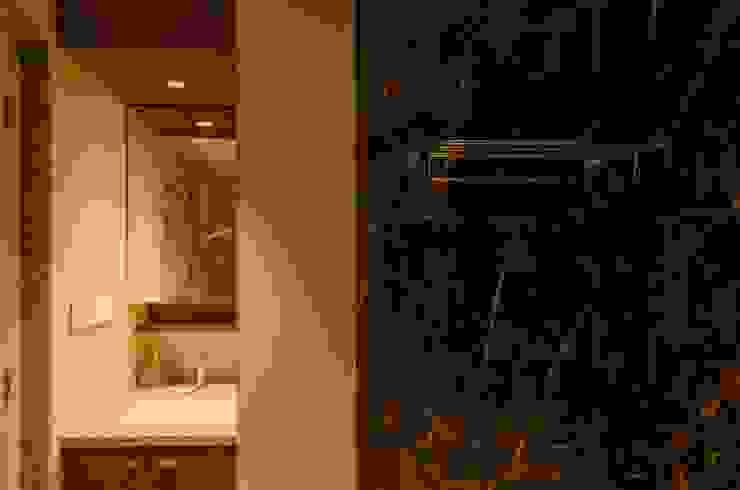 Master Bedroom Toilet Modern bathroom by Ideation Design Modern Tiles