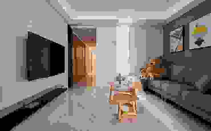 客廳 根據 墨映室內裝修設計 簡約風
