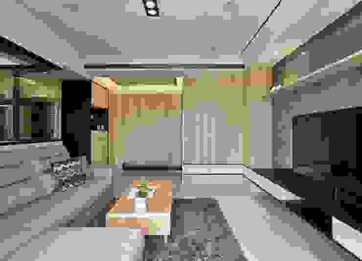 客廳 现代客厅設計點子、靈感 & 圖片 根據 墨映室內裝修設計 現代風