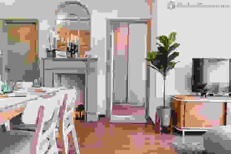 ชั้นเตาผิงจำลอง: คลาสสิก  โดย Global Decorate, คลาสสิค ไม้ Wood effect