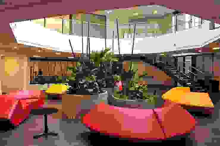 TREELOGY - Interior & Landscape Design Koridor & Tangga Modern