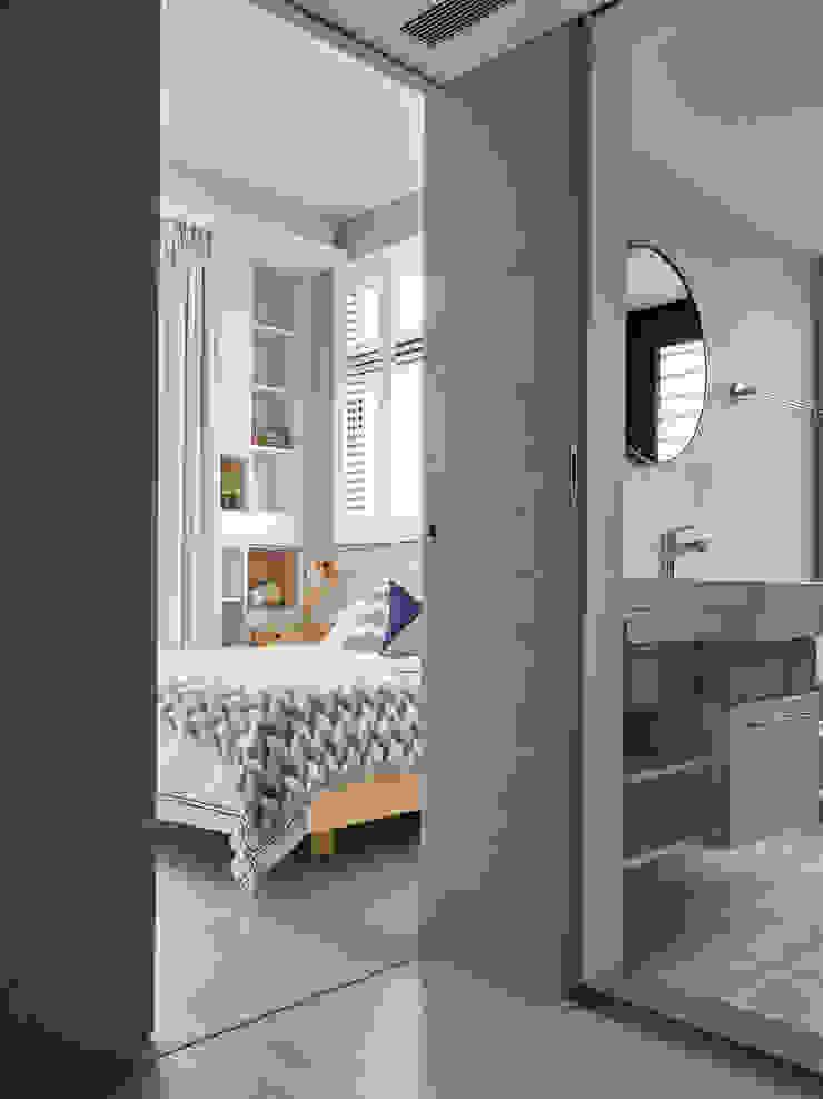 耀昀創意設計有限公司/Alfonso Ideas Dormitorios de estilo escandinavo