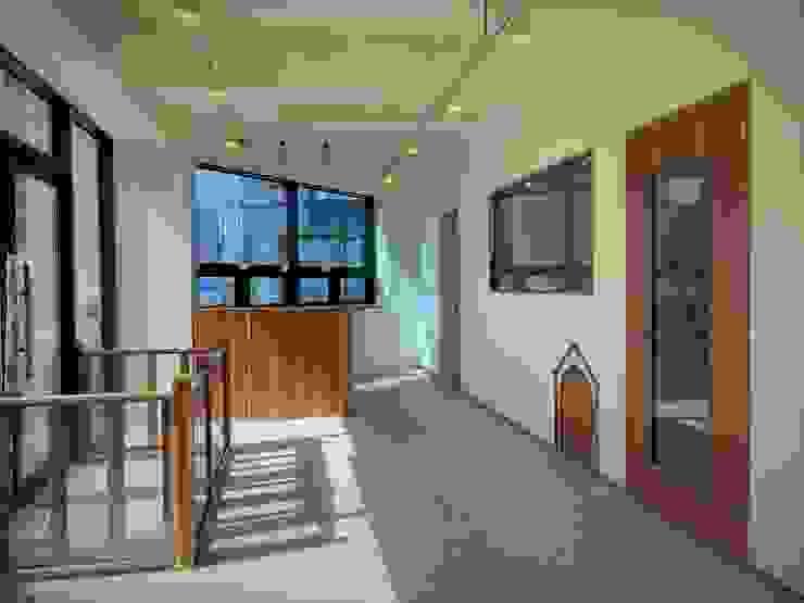 Pet Studio: JLAB(010-3519-7188)의 에클레틱 ,에클레틱 (Eclectic)