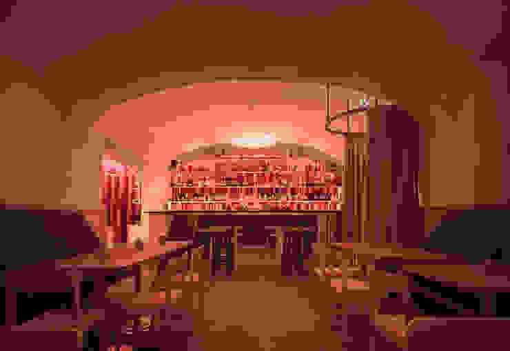 IFUB* Gastronomia in stile moderno Rosso
