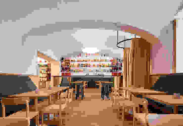 IFUB* Gastronomia in stile moderno Giallo