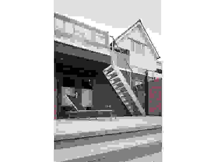 gestapelde terrassen Moderne serres van Studio FLORIS Modern Aluminium / Zink