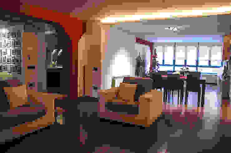 Vivienda en Badalona David Rius Serra Salones de estilo moderno