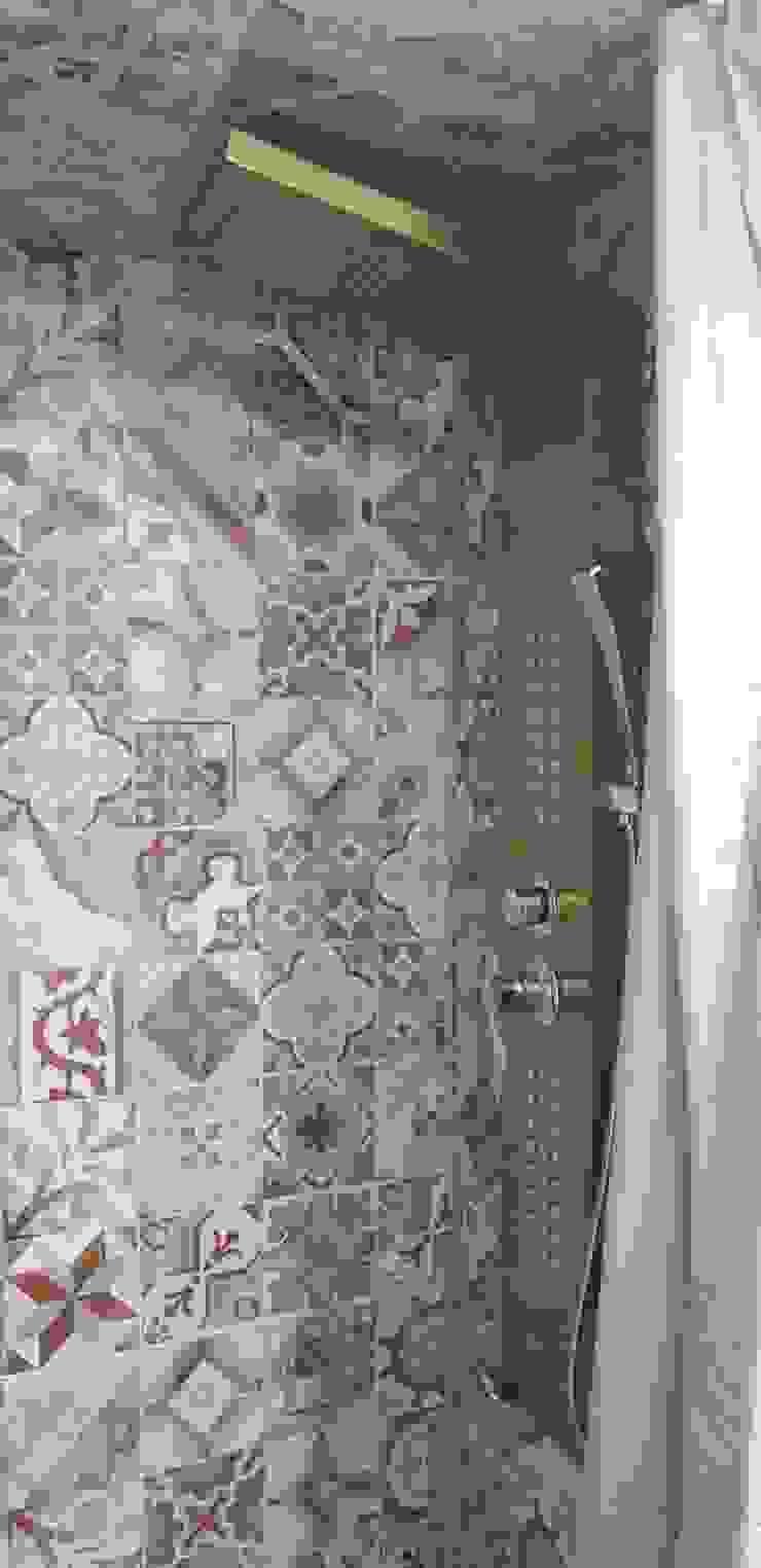 doccia idromassaggio ROSA CARBONE DESIGN Bagno moderno Piastrelle Marrone