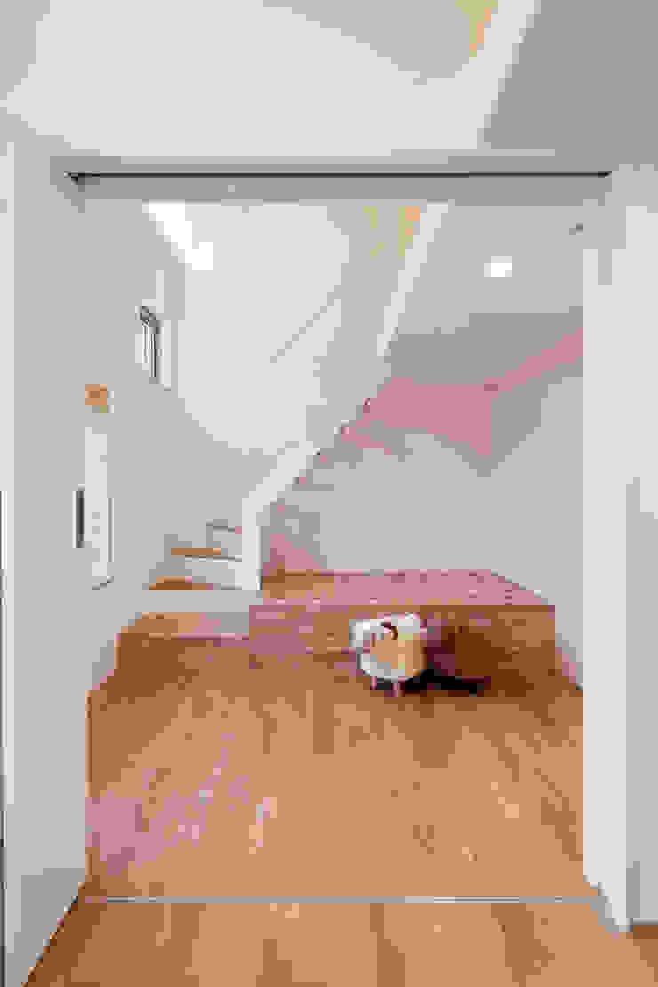 대가족을 위한 맞춤 시공/설계 세종목조주택 모던스타일 아이방 by 위드하임 모던
