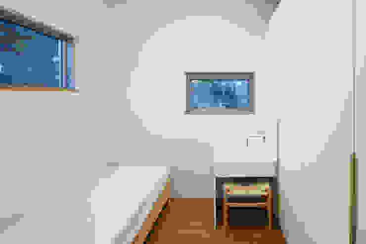 대가족을 위한 맞춤 시공/설계 세종목조주택 모던스타일 미디어 룸 by 위드하임 모던