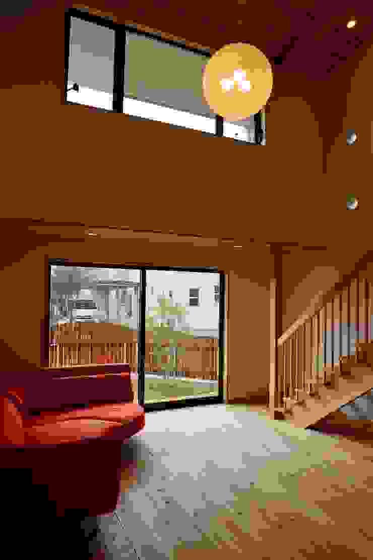 リビング 株式会社高野設計工房 北欧デザインの リビング