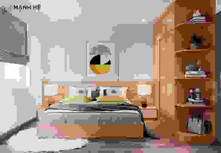 Tường đầu giường chạy đường ron vàng sang trọng. Vách ốp gỗ đầu giường có chỉ trắng sáng tạo bởi Công ty TNHH Nội Thất Mạnh Hệ Hiện đại