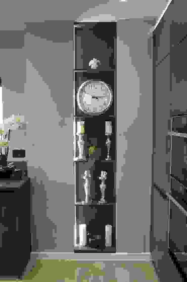 open decorative shelving PTC Kitchens Cucina moderna Grigio