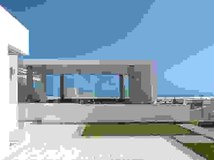 Casa de Playa en Asia Esarquitectura Casas unifamiliares Concreto Blanco
