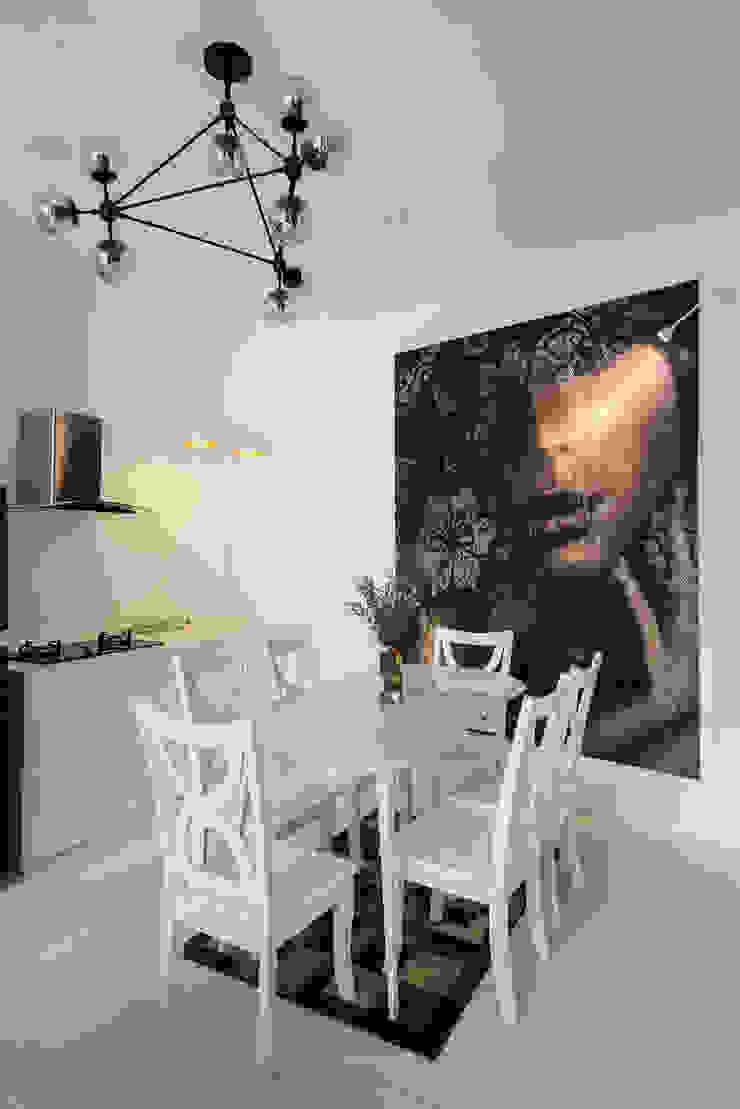SILK house Nhà bếp phong cách nhiệt đới bởi AD+ Nhiệt đới