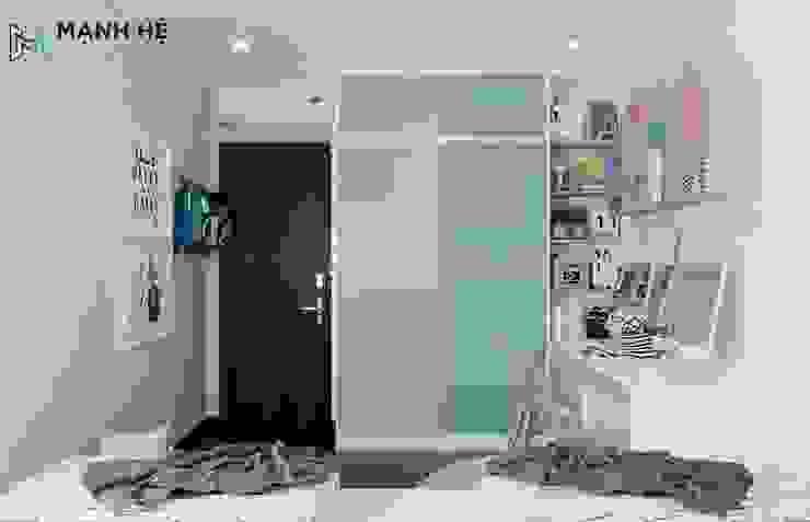 Tủ quần áo cửa lùa cho bé: hiện đại  by Công ty TNHH Nội Thất Mạnh Hệ, Hiện đại Dệt may Amber/Gold