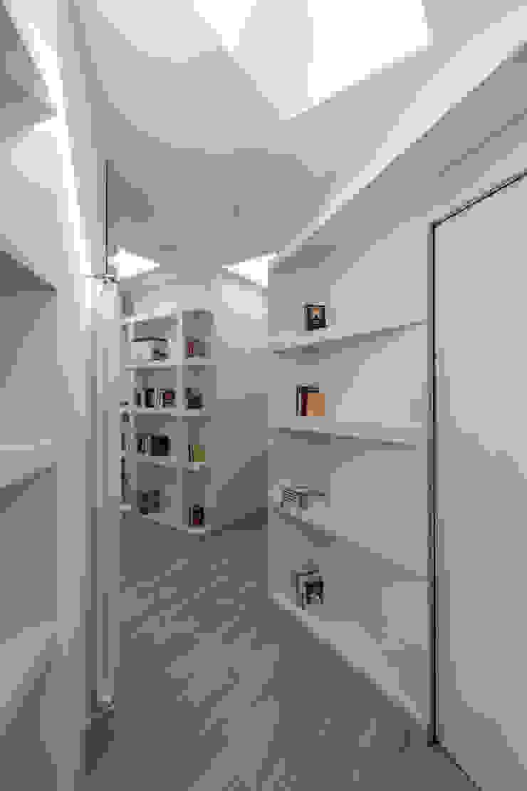 Casa con panorama Studio minimalista di MAMESTUDIO Minimalista