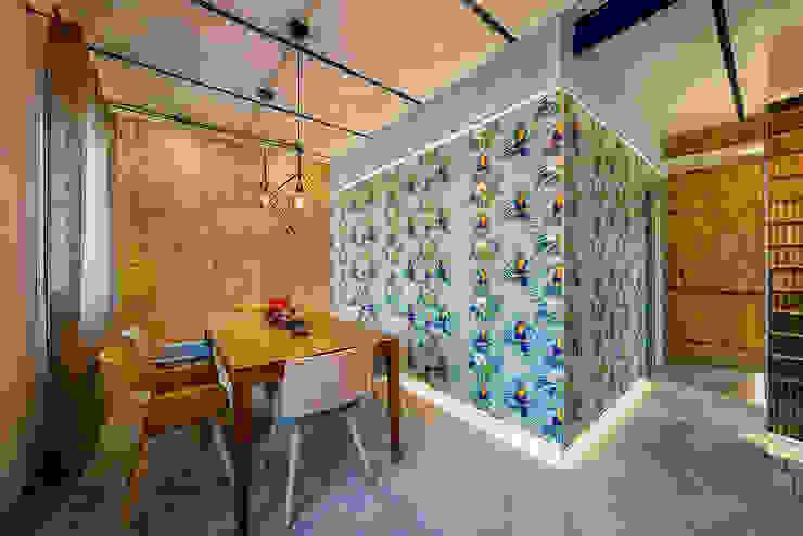 OOIIO Arquitectura Salon moderne Céramique Multicolore