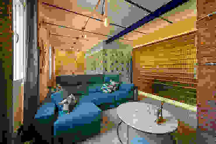 OOIIO Arquitectura Modern living room Ceramic Multicolored