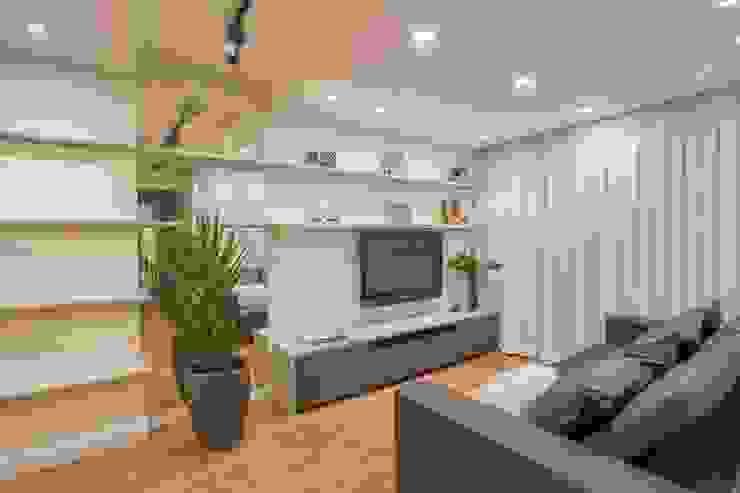 Ju Miranda Arquitetura Salas de estilo moderno