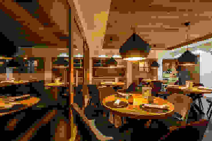 Roberto Pedi Fotografo Modern dining room