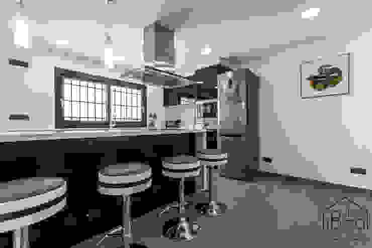 Decoración HomeStaging ROX & IRE IBIZA SL Cocinas de estilo mediterráneo