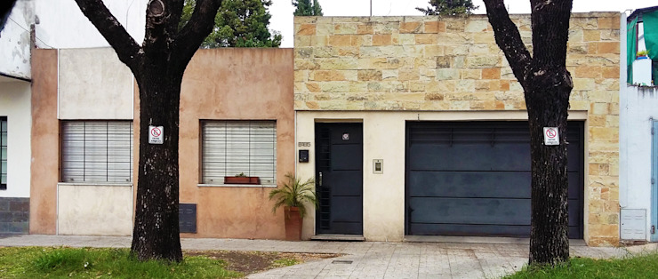 ELVARQUITECTOS Single family home Stone