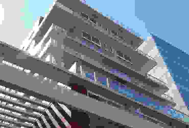 Alberdi Vicente Lopez - Aberturas ABERCOM - www.abercom.com.ar Modern office buildings by ABERCOM Aberturas www.abercom.com.ar Modern Plastic