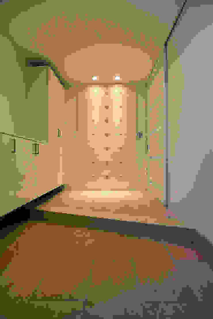 玄関 モダンスタイルの 玄関&廊下&階段 の Style Create モダン