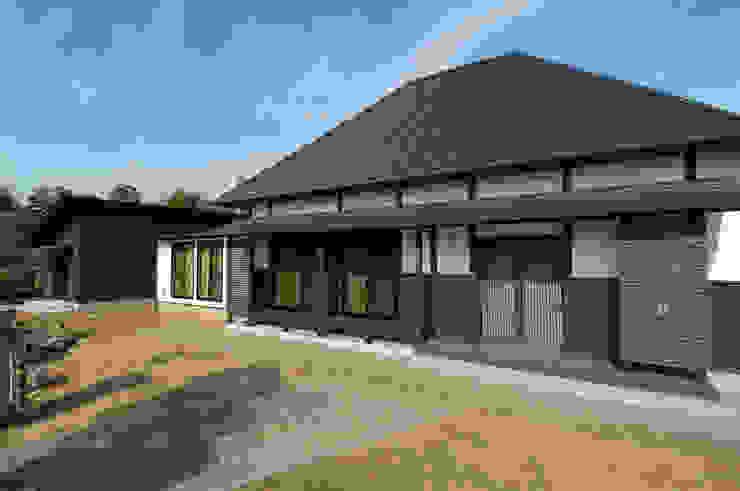 250年古民家再生 高松設計事務所 木造住宅 木 黒色