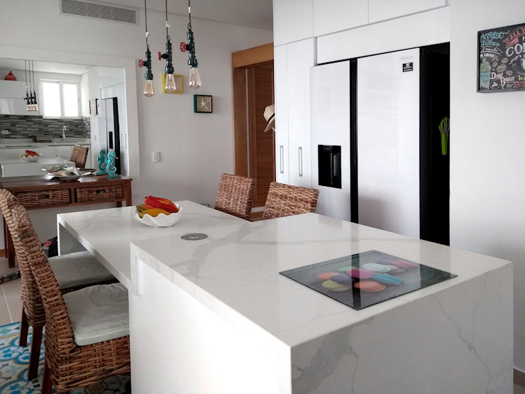 Remodelación cocina integral de Remodelar Proyectos Integrales Moderno Cuarzo