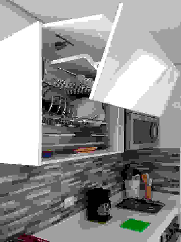 Remodelación de cocina de Remodelar Proyectos Integrales Moderno Cuarzo