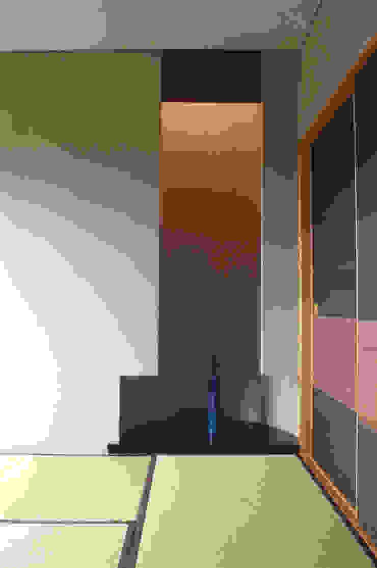 by (株)独楽蔵 KOMAGURA Eclectic