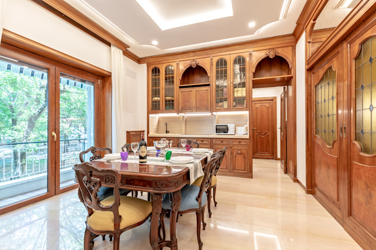 Dr-Z Architects Classic style dining room Solid Wood Wood effect