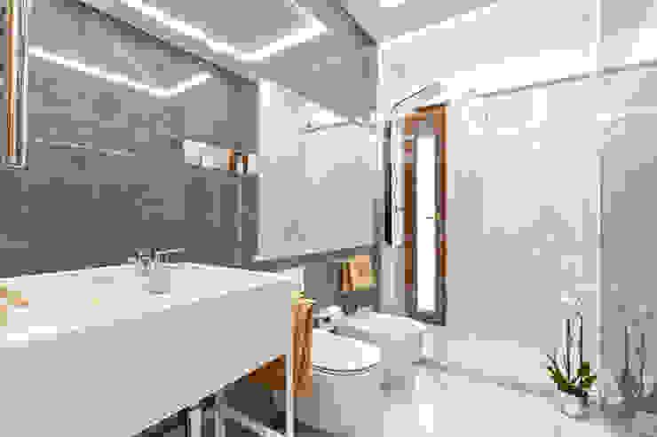 Bagno 2 Bagno moderno di Dr-Z Architects Moderno Marmo