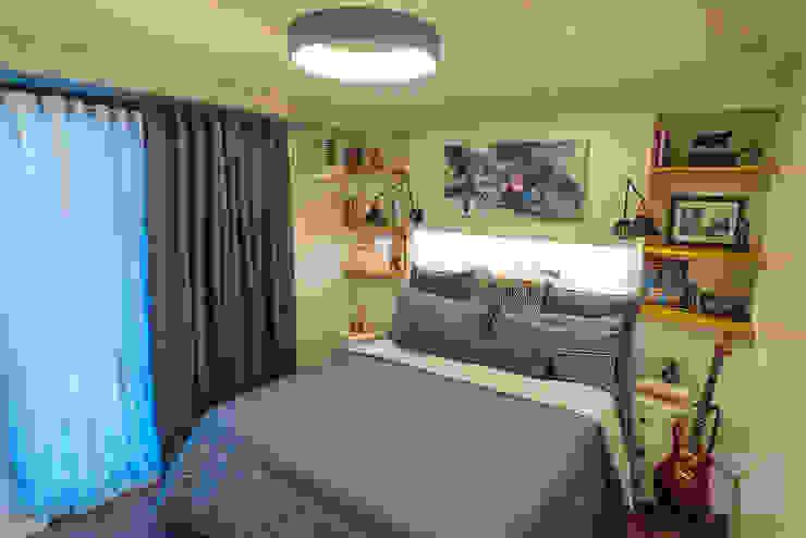 Work Life Balance Minimalist bedroom by Hayen Interiors Minimalist