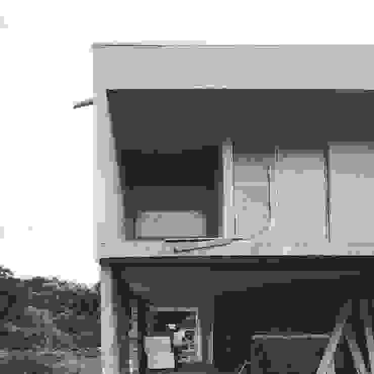 Acabamentos por Xavier Ávila arquitetos Moderno