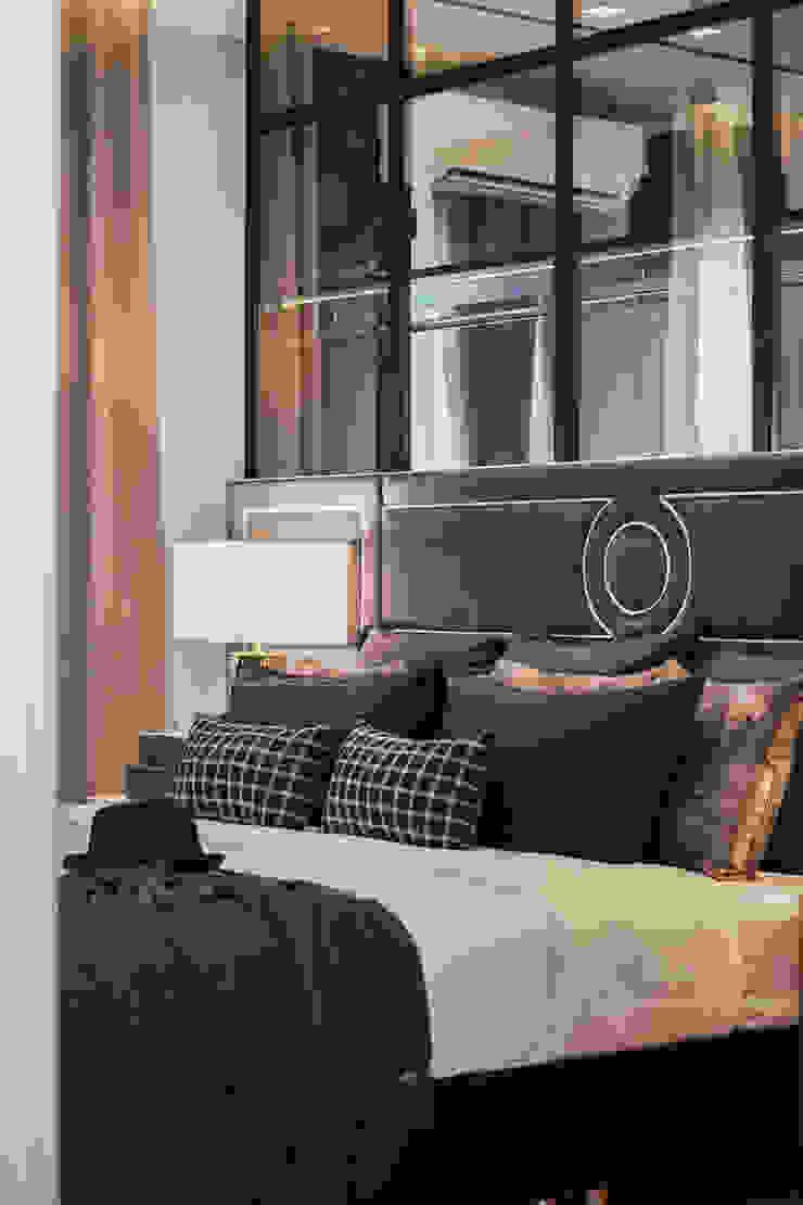 Blue and White bedroom show house The pavilla residence – hypestudio Hypestudio กำแพง ไม้ Blue