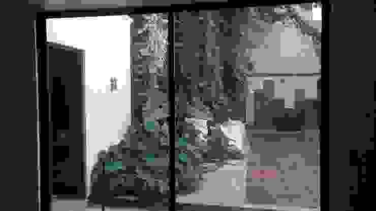 Show Room ARQUITECTURA E INGENIERIA GOZPIN S.A. DE C.V. Jardines rústicos