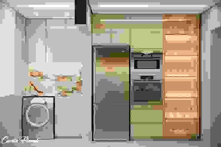 Cozinha por Camila Pimenta | Arquitetura + Interiores Moderno Madeira Efeito de madeira