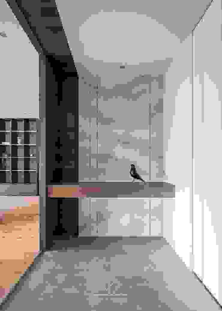 玄關端景 根據 極簡室內設計 Simple Design Studio 現代風