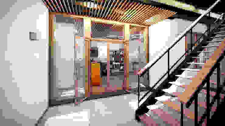 Patio Interior de LiberonArquitectura Industrial Hierro/Acero