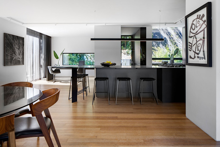 HOUSE CRANBERRY | CAMPS BAY Modern kitchen by Wright Architects Modern Wood Wood effect