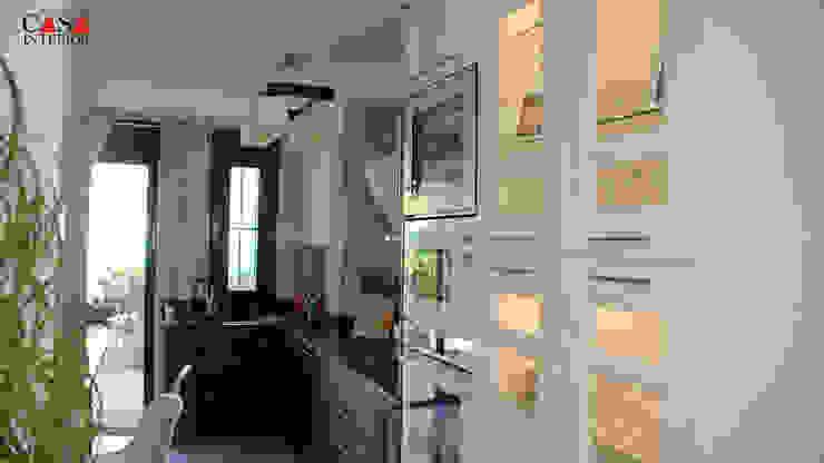 Classic italian kitchen in white and moro Casa Interior 廚房